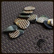 Grip Tones - Black Horn - 1 Guitar Pick | Timber Tones